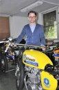 Für Team Spirit-Chef Jörg Werner ist die gute Wartung der 500er Honda-Schrittmachermaschinen vor den Rennen besonders wichtig.